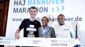 Course record holder Lusapho April and German record holder Arne Gabius duel in Hannover