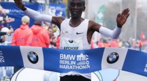 Eliud Kipchoge wins dramatic race in Berlin with world leading time