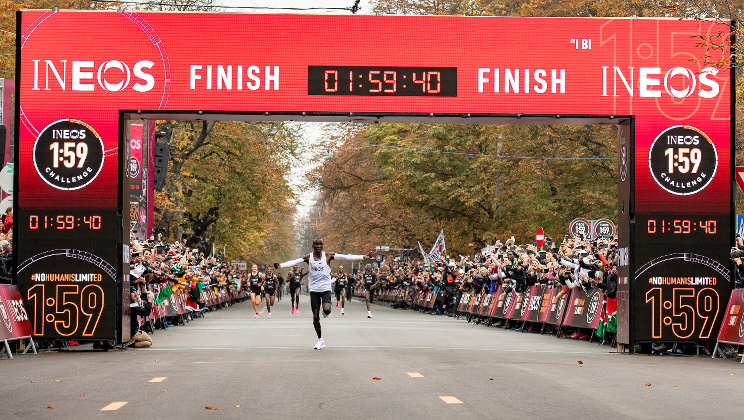 History is made as Eliud Kipchoge becomes first human to break the two-hour marathon barrier - Athletics Illustrated